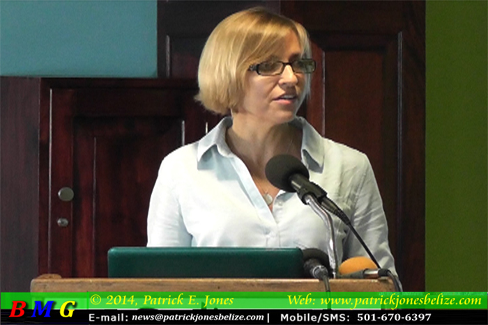 Dr. Melanie McField (Director, Healthyy Reefs Initiative)