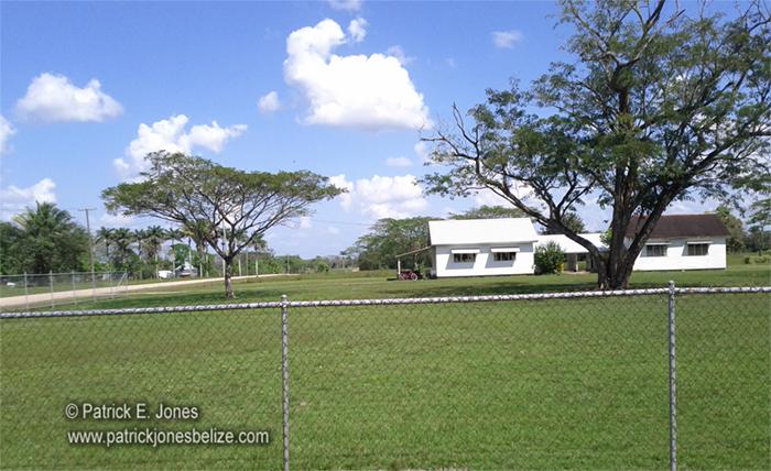 School building (Spanish Lookout)