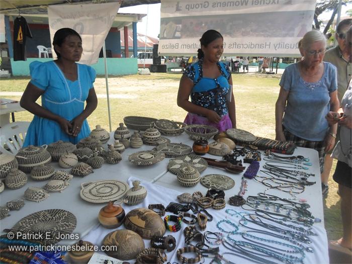 Women's display (Punta Gorda)