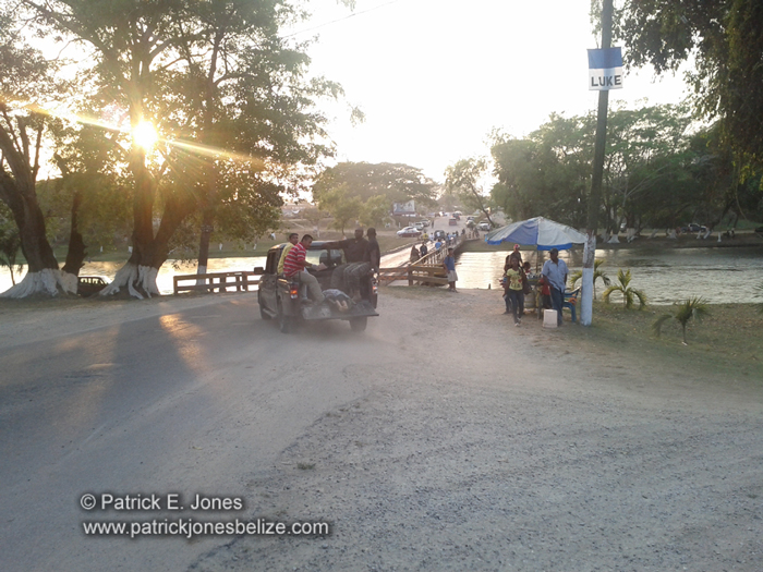 High School students drown (San Ignacio)