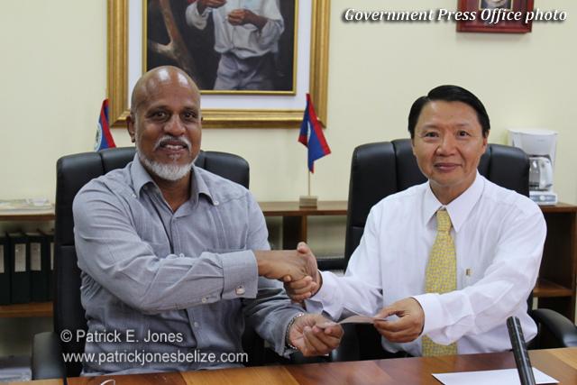 Taiwan donates to Belize