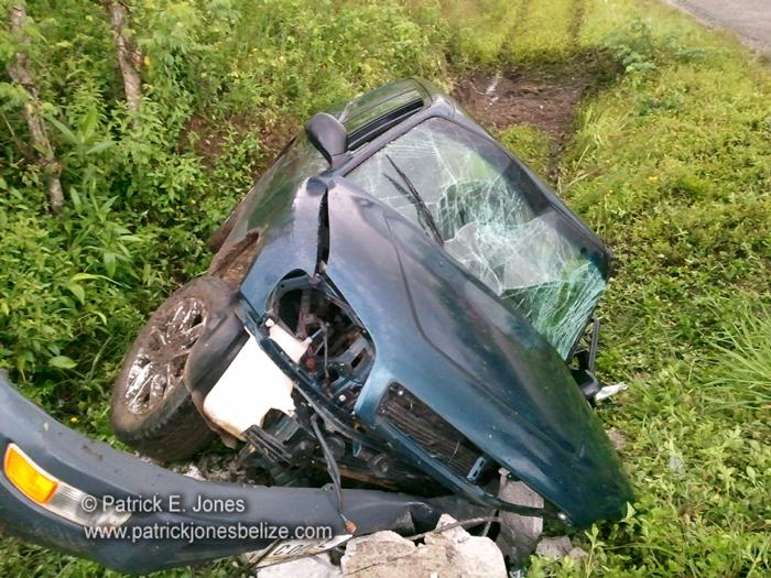 Vehicle crash (Yemiri Grove village)