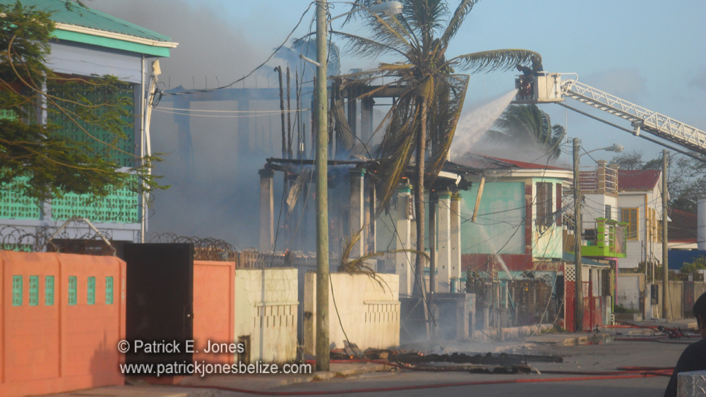 Fire guts buildings (Belize City)