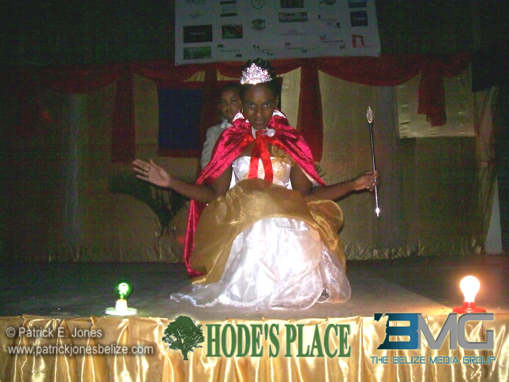 Reigning Queen of the Bay 2013-2014