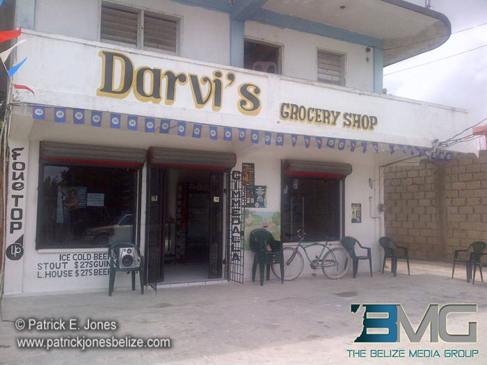 Robbery at Darvi's
