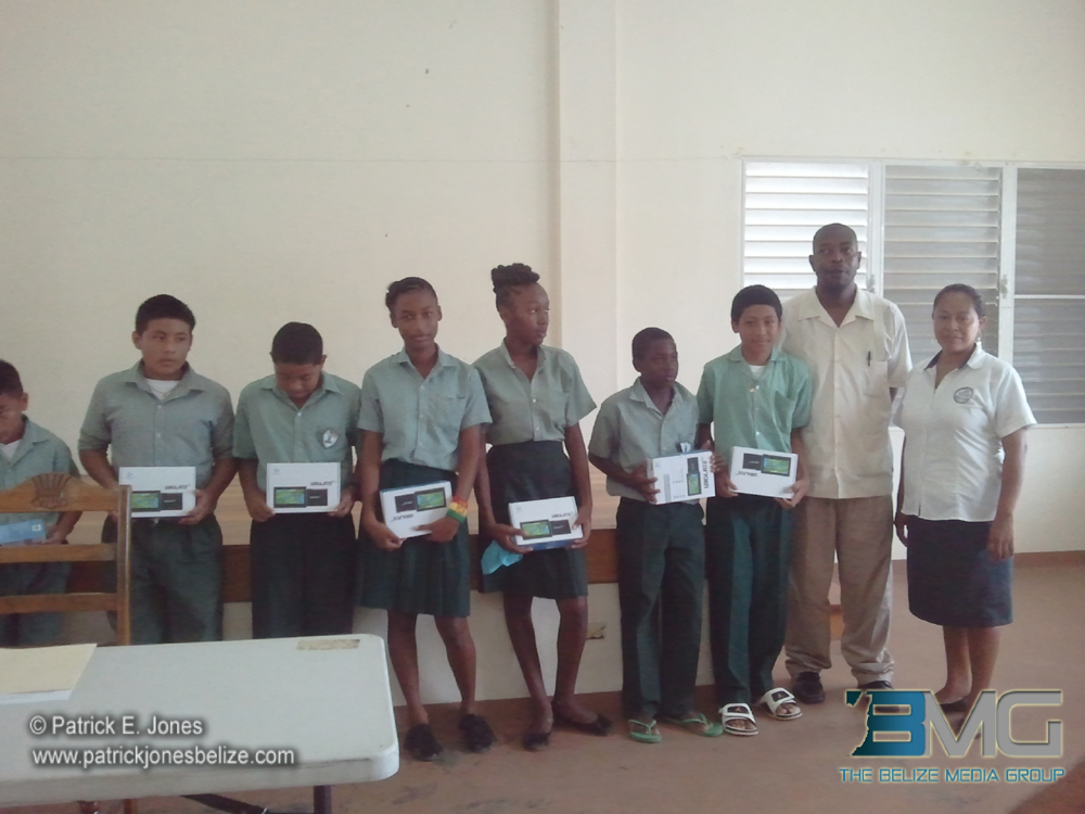Students get access to tablets