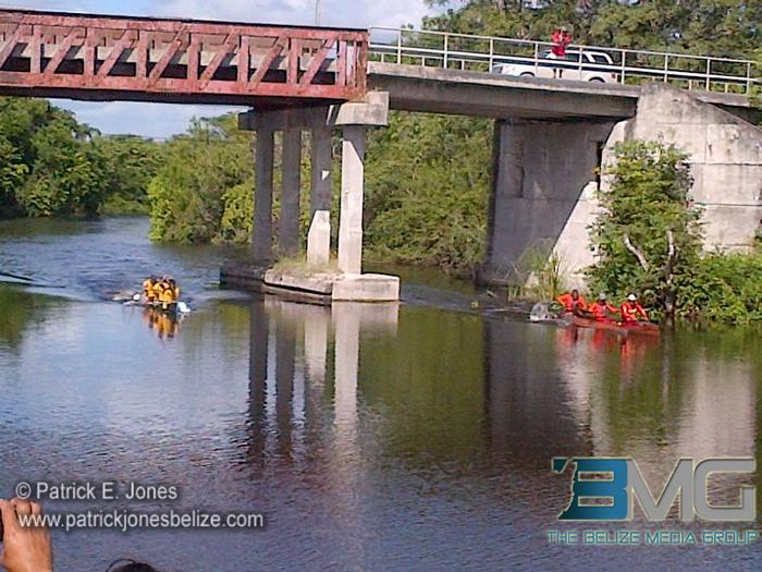 Canoe race for Tacos Fest