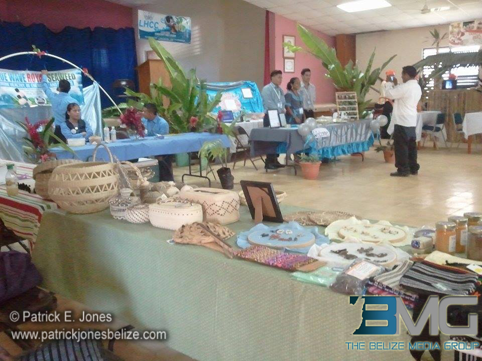 UB students Expo