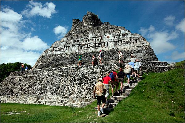 Mayan-Ruins-Xunantunich-Chabil-Mar-Belize-Resort