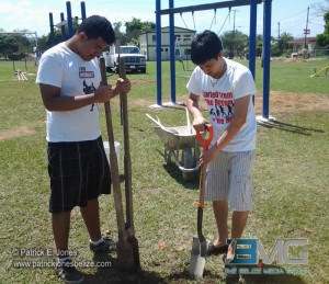 Rotaract Club members assist