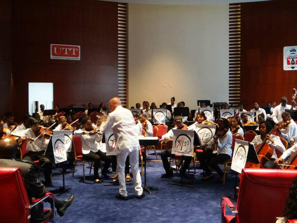 Christoph Eschenbach conducts a master class with musicians of the Trinadad and Tobago Youth Philharmonic