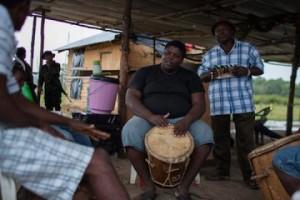 Garifuna-Drummer