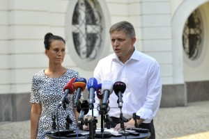 PM Fico and wife