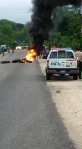 Villagers block Highway in Teakettle Village