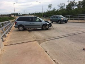 Van crashes into Belama bridge