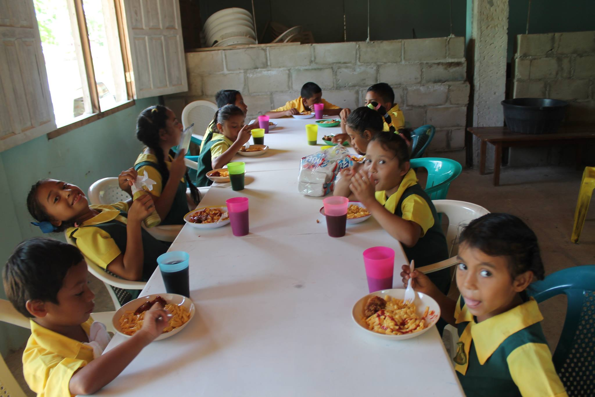 feeding program Children enjoy a free meal during the 2017 summer feeding program for many  kids, summer vacation is a much deserved reward for a year of hard work in the.