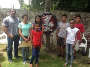 Six Corozal students get scholarships