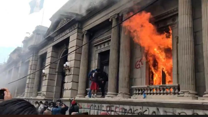 Guatemalan congress set on fire amidst protests