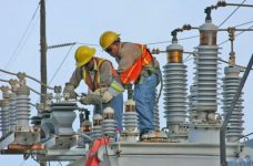 """Belize Electricity Limited honors over 2000 """"Golden Citizens"""" with credit on their light bills"""